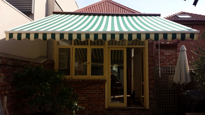 Folding Arm Awnings 10