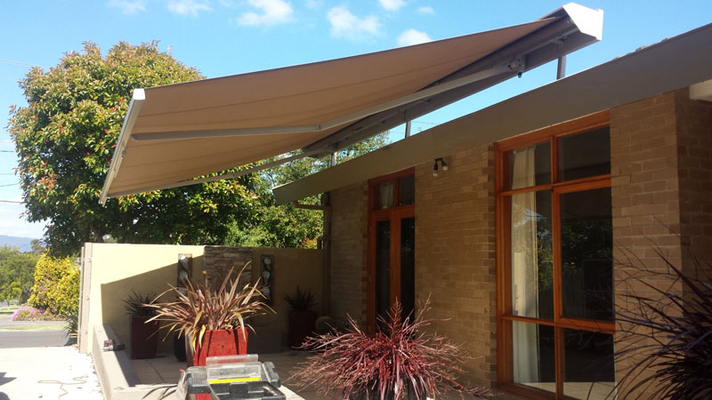 Folding Arm Awnings 33